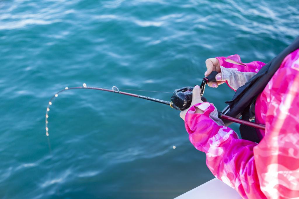 女性・釣り